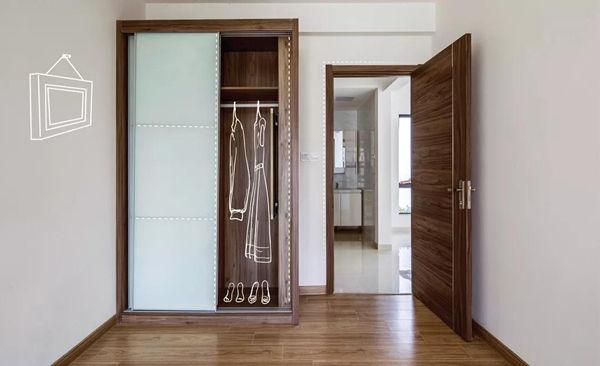 宽敞的衣柜