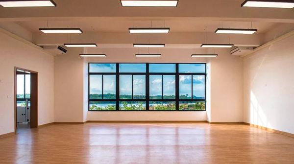 嘉德圣玛丽森林城市国际学校海景教室